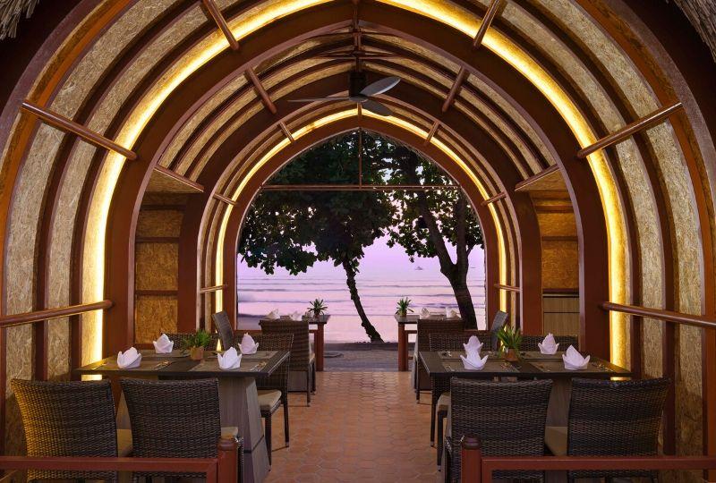 Aonang Villa Resort-Lan Le Restaurant-Seafont Alfresco -800x540px