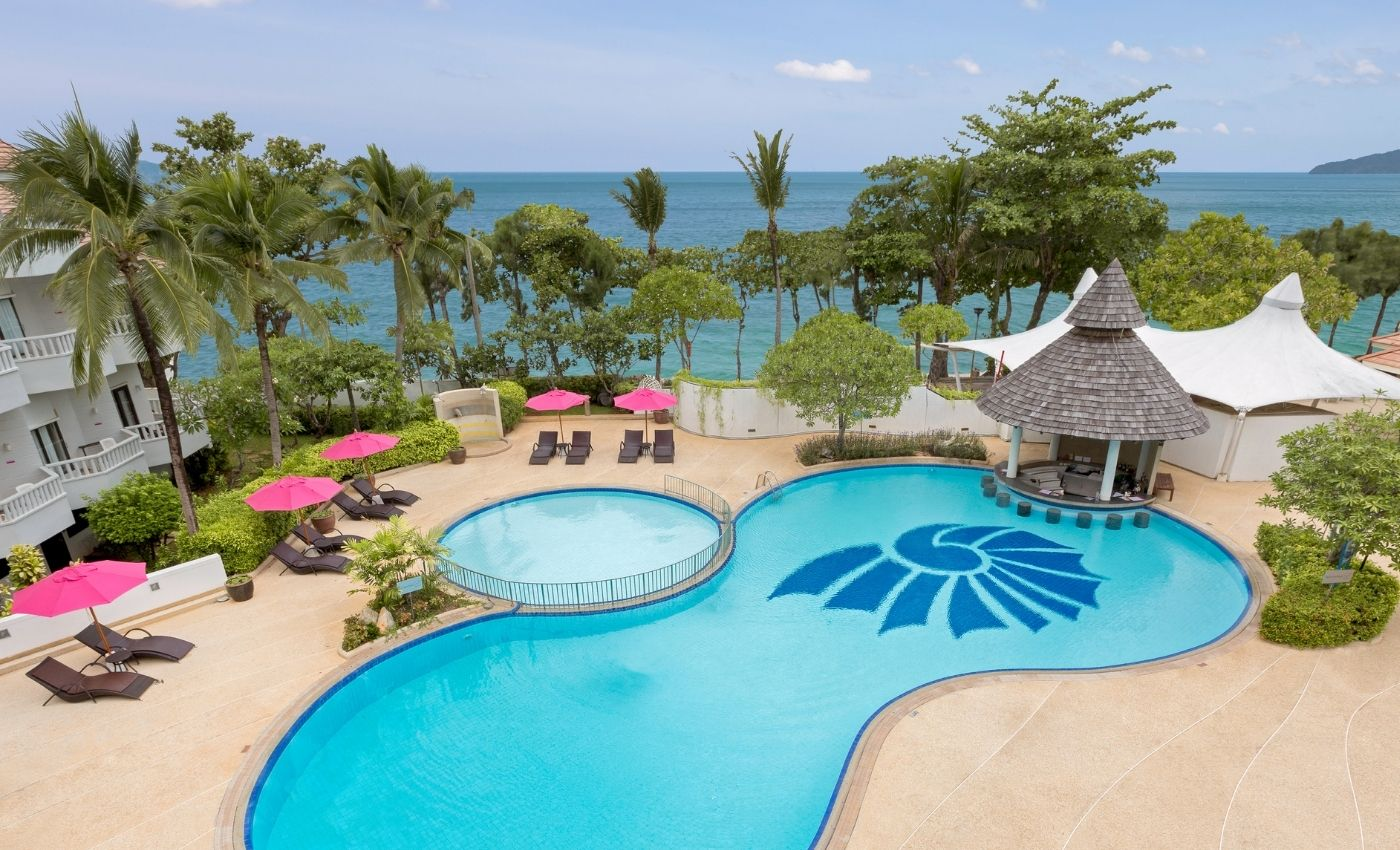 stunning outdoor swimming pool 3-aonang villa resort-beach-resort-krabi-thailand